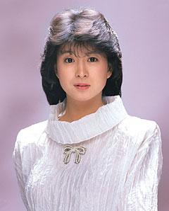 80年代アイドル河合奈保子!現在は専業主婦?娘がデビューって?のサムネイル画像
