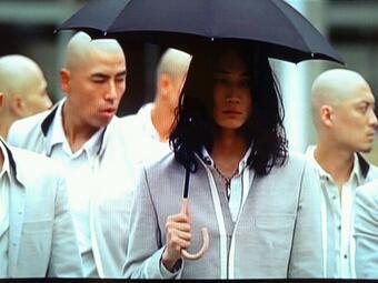 見どころ・裏話満載!綾野剛の俳優人生を変えた「クローズZERO II」のサムネイル画像