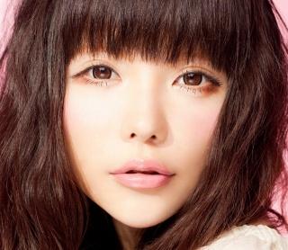 元祖カリスマモデル☆益若つばさの顔の劣化が止まらない?!のサムネイル画像
