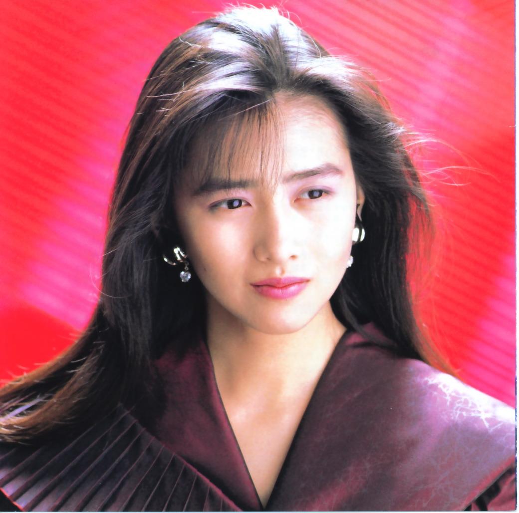 あの人気アイドルの妻、工藤静香さんの伝説のヒット曲をご紹介のサムネイル画像
