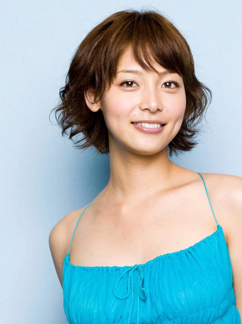テレビで活躍中!相武紗季のスタイルを維持するダイエット法とは!?のサムネイル画像