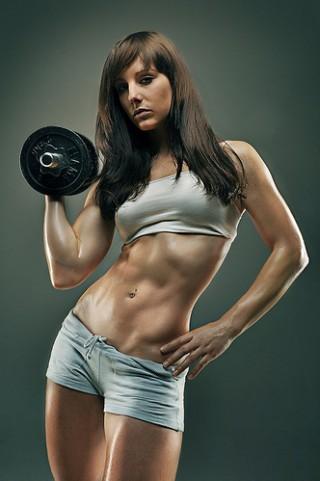 効果的にダイエットするためには筋肉を鍛えることが一番の近道!?のサムネイル画像