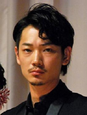 綾野剛の最新映画『新宿スワン』最新まとめ!【2015年5月公開】のサムネイル画像