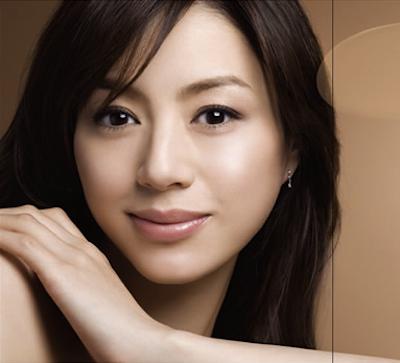 年齢不詳!?いつまでもきれいな井川遥の同年代芸能人は誰がいるの?のサムネイル画像