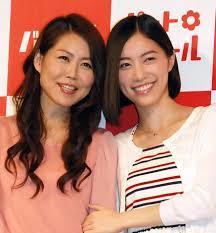 SKE48の松井珠理奈が母親と長年の夢だったCM初共演で感激!?のサムネイル画像
