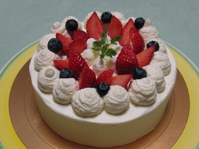 作るのも楽しい!誕生日やクリスマスにおすすめ手作りケーキレシピ集のサムネイル画像