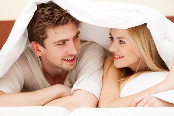 彼氏と初めてのお泊り!!女子が心得ておくべきこと!!4選!!のサムネイル画像