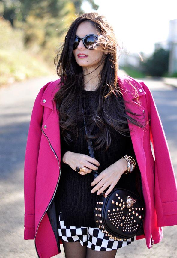 1着くらいはほしい!セレブに愛されるおしゃれなピンクコートたちのサムネイル画像