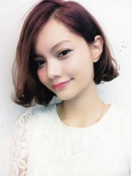 【ボブヘア前髪なし】で可愛く素敵に秋スタイルキメちゃいませんか?のサムネイル画像
