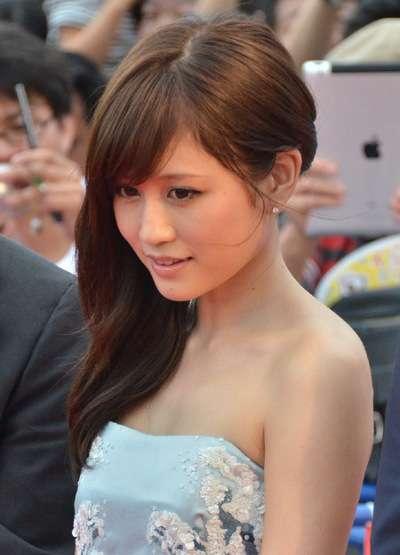 元AKB48のセンターの前田敦子通称あっちゃんの性格とはいったいのサムネイル画像