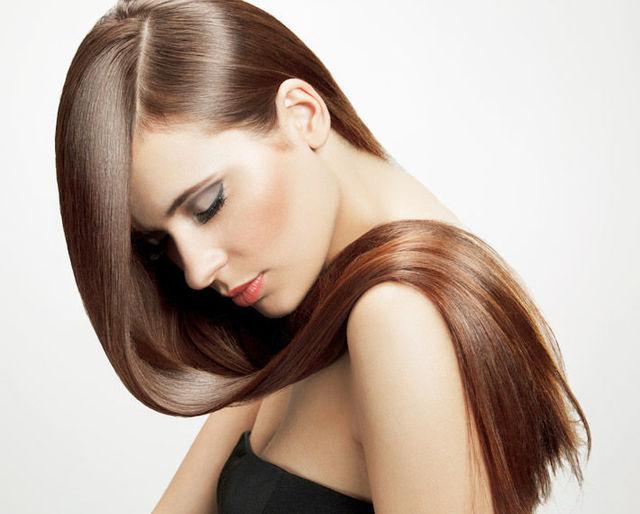 髪の手入れはどうされていますか?美しい髪を保つ手入れ方法は?のサムネイル画像