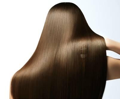 薄毛は老けて見えアレンジしにくい!育毛剤に頼らず髪を太くする方法のサムネイル画像