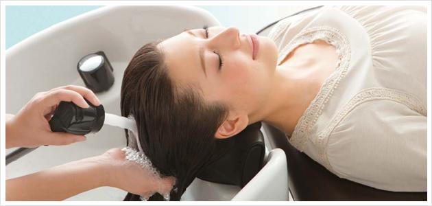 市販とは全然違う?美容院のシャンプーが髪にいい理由とは?のサムネイル画像