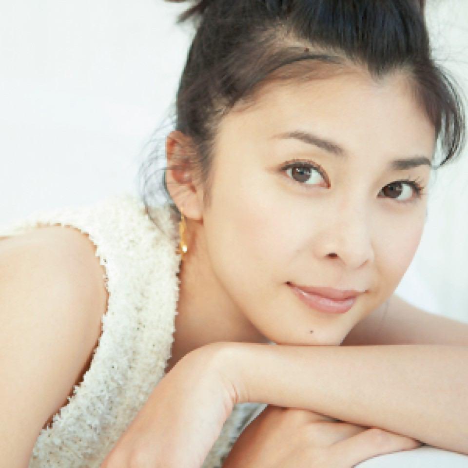 【えっそうなの!?】人気女優・竹内結子さん性格が、実は……のサムネイル画像