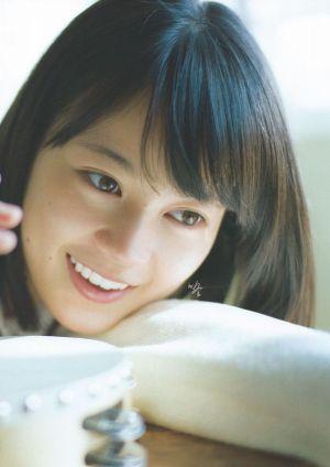 乃木坂46生田絵梨花は、スピード結婚した女優堀北真希に似ている!?のサムネイル画像