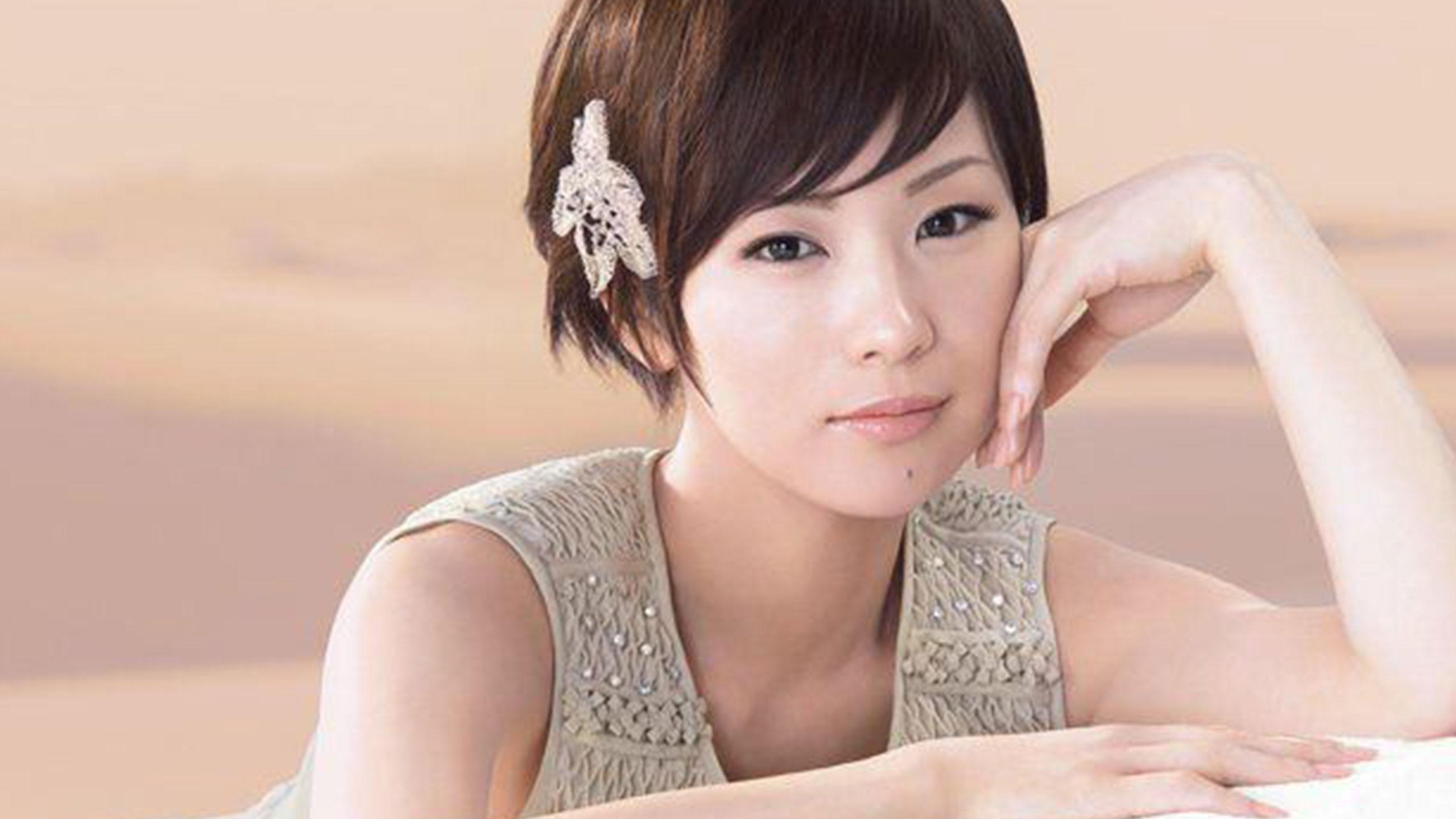 椎名林檎と東京事変のシングル人気ランキングと作品をご紹介のサムネイル画像