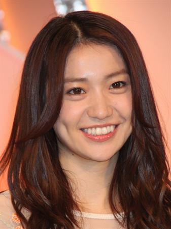 大島優子の私服がかわいい!大島優子の私服をまとめました!のサムネイル画像