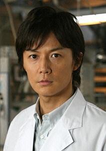 時が経っても湯川先生はかっこいい!福山雅治主演ドラマ「ガリレオ」のサムネイル画像