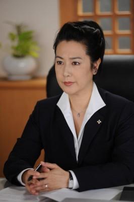 主婦役が多い女優・名取裕子の夫とは!? そしてその家族は?のサムネイル画像