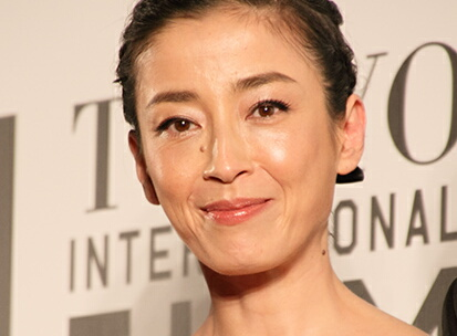 テレホンカードで見る!女優『宮沢りえ』の髪型・ファッション特集のサムネイル画像