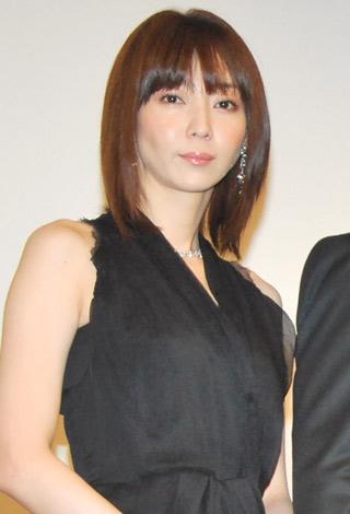 女優・稲森いずみが初めて出演したドラマとは?初主演ドラマは?のサムネイル画像