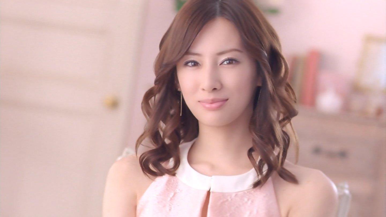 DAIGOと婚約した、人気女優北川景子の髪型に注目した画像集!のサムネイル画像