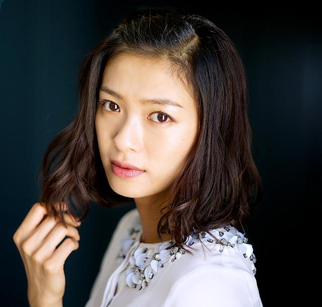 【厳選】実力派女優『榮倉奈々』の見どころ満載の出演ドラマ5選☆のサムネイル画像