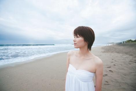 スタイル抜群の女優!吉瀬美智子のヘアスタイルが素敵と話題のサムネイル画像