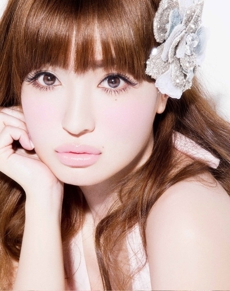 【画像あり】平子理沙のかわいい画像!何歳になっても美しい!のサムネイル画像