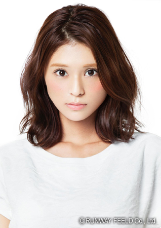 モデル・東野佑美の彼氏は誰!?あの人気グループのメンバーが彼氏?のサムネイル画像