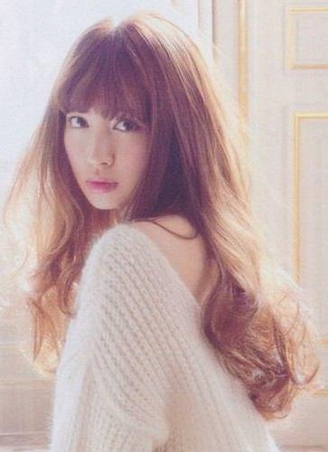 こじはること小嶋陽菜の私服が可愛い!参考にしたいコーデを大公開!のサムネイル画像