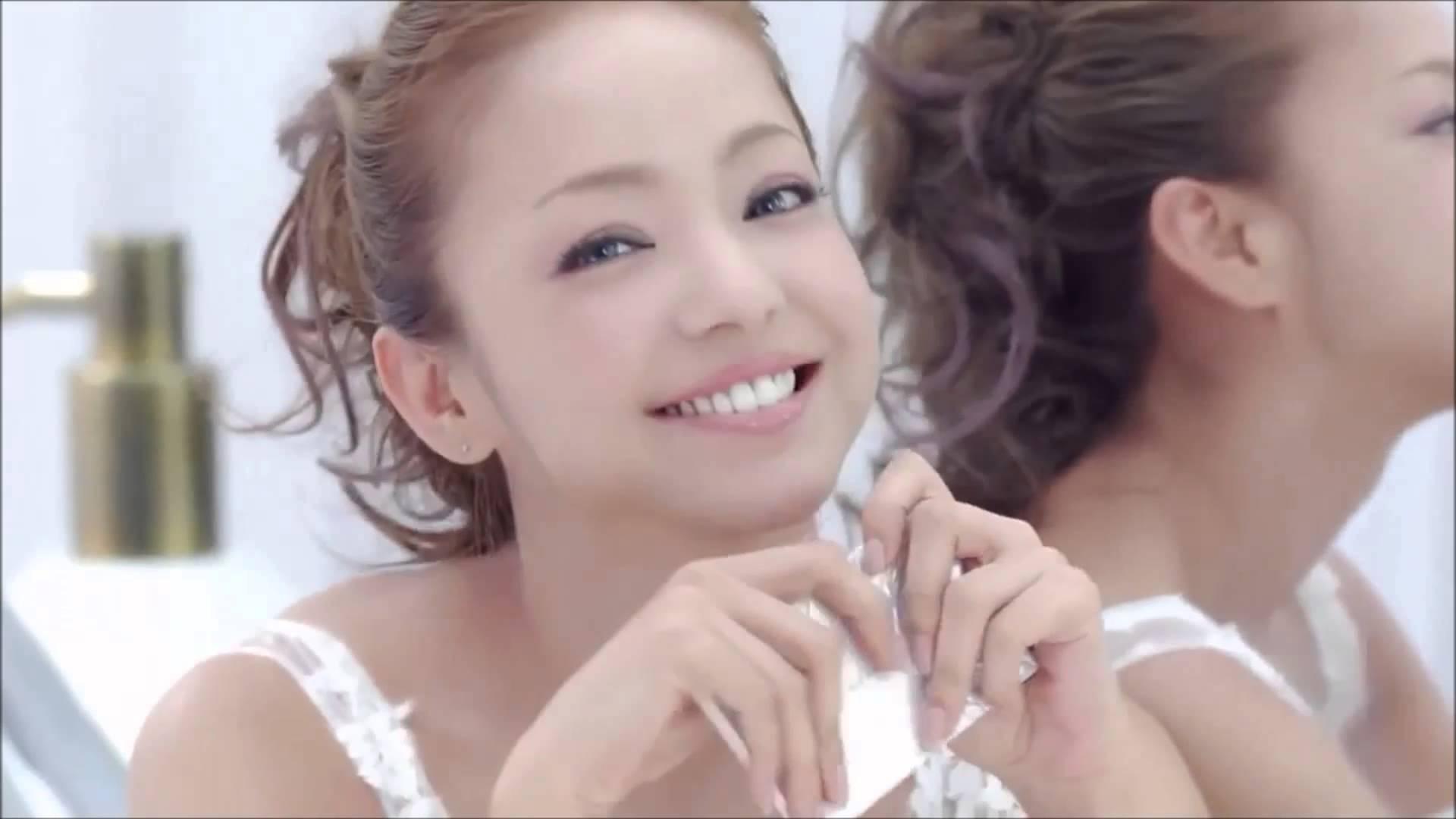 安室奈美恵のような小顔になれる!?メイクでハーフ顔になれる方法のサムネイル画像