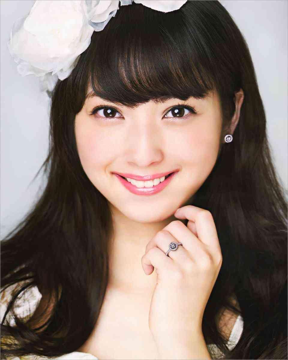 まさに秋田美人☆どんどん美しく成長していく佐々木希の年齢は27歳!のサムネイル画像