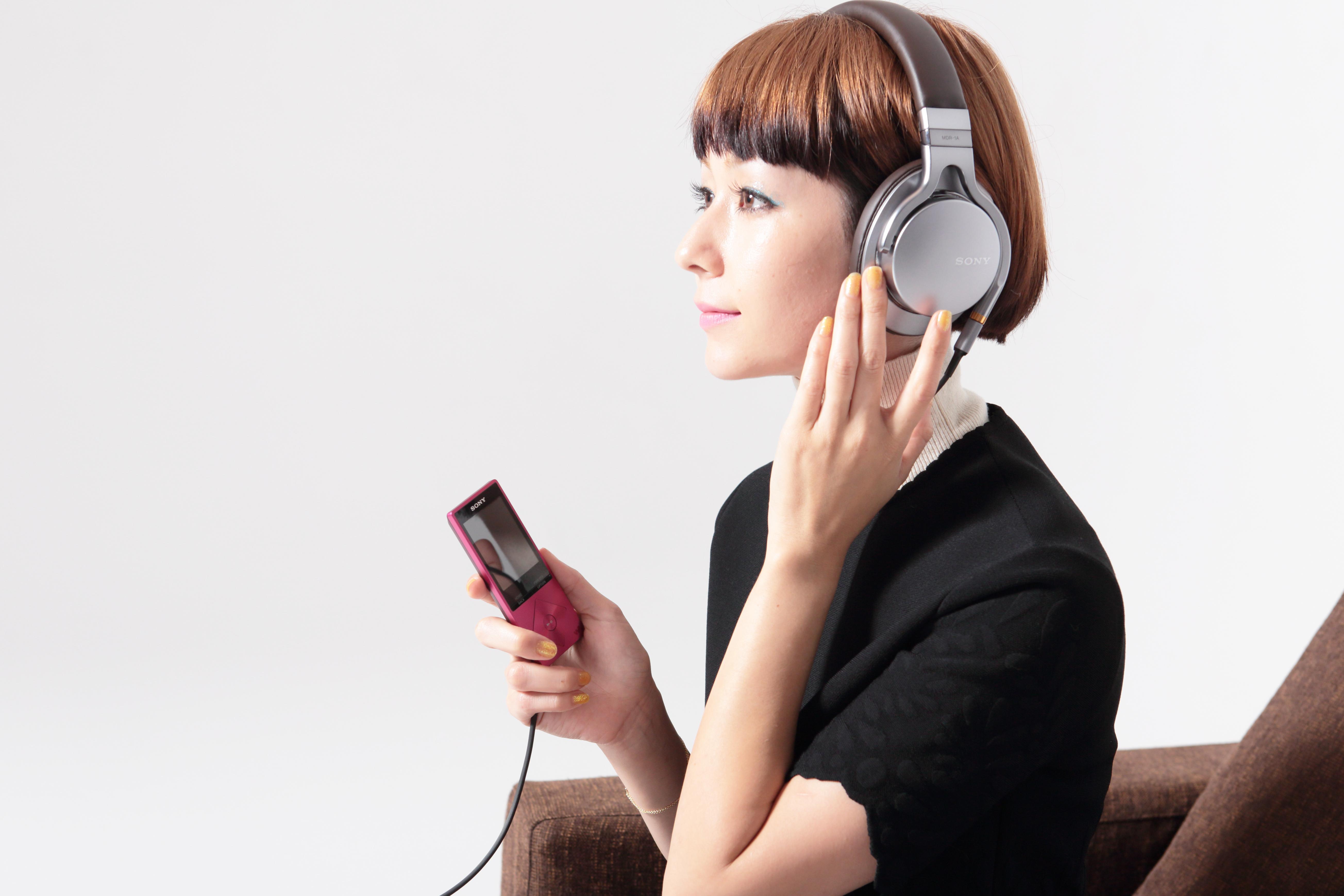 独特のセンスに憧れる!大人気歌手・木村カエラの画像まとめ!のサムネイル画像