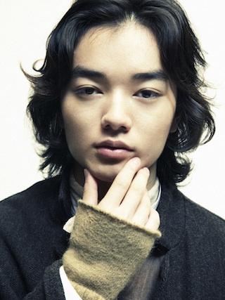 【染谷将太の画像まとめ】今 注目の人気若手俳優の魅力に迫る!のサムネイル画像
