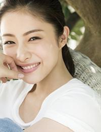 女優・石原さとみさんが結婚するという噂がありますが相手は?のサムネイル画像