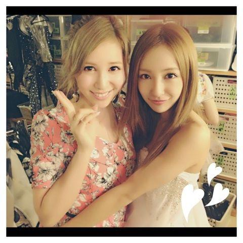 元AKB48仲良しギャルコンビ【板野知美】と【河西智美】2人の近況のサムネイル画像