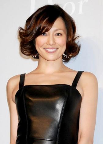 クールビューティー!!  米倉涼子 英語も舞台も「失敗しないので!!」のサムネイル画像