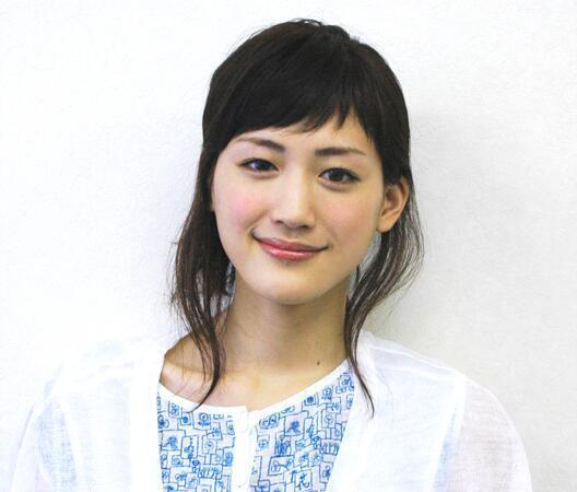 今が旬!!でも女優、綾瀬はるかさんの昔は激太り!これって本当?のサムネイル画像
