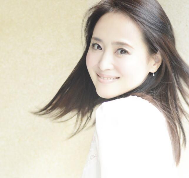 【永遠のアイドル】松田聖子のディナーショーが毎年即完売のわけとはのサムネイル画像