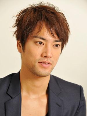 【俳優】桐谷健太が結婚を発表!!結婚相手はどんな人なの?のサムネイル画像