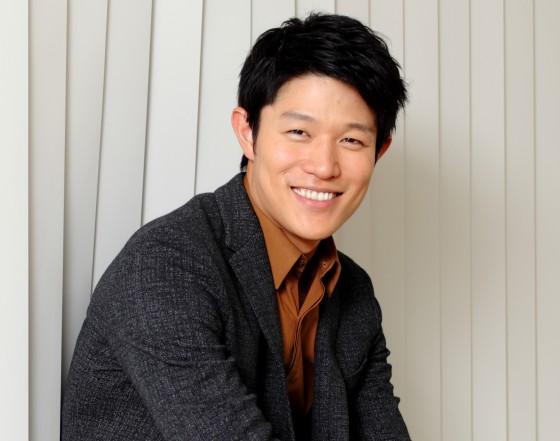 【俳優】鈴木亮平って結婚していたの!?結婚相手は一体誰!?のサムネイル画像
