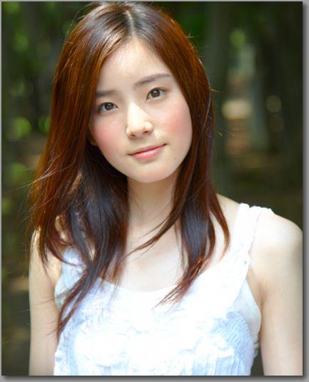 人気女優の蓮佛美沙子が、テヨンに似ているとネットで話題!のサムネイル画像