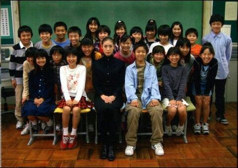 【子役】女王の教室に出演していた子役は今!あの頃と現在を比較!のサムネイル画像
