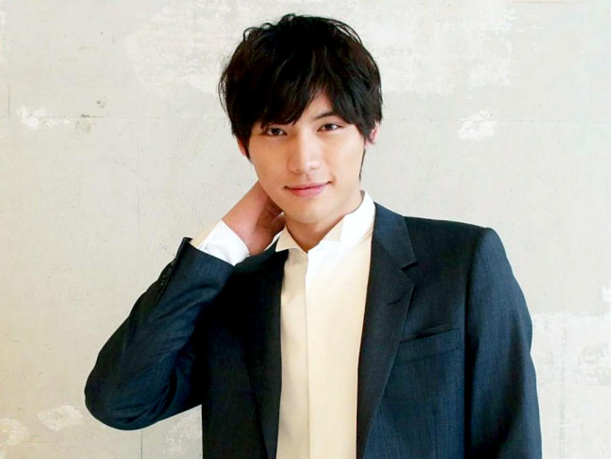 高身長のイケメン俳優福士蒼汰さんについてと、福士蒼汰さんの画像集のサムネイル画像