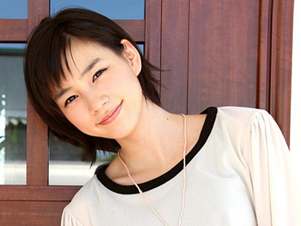 あまちゃんで大人気☆かわいくて清楚な能年玲奈の髪型画像集!のサムネイル画像