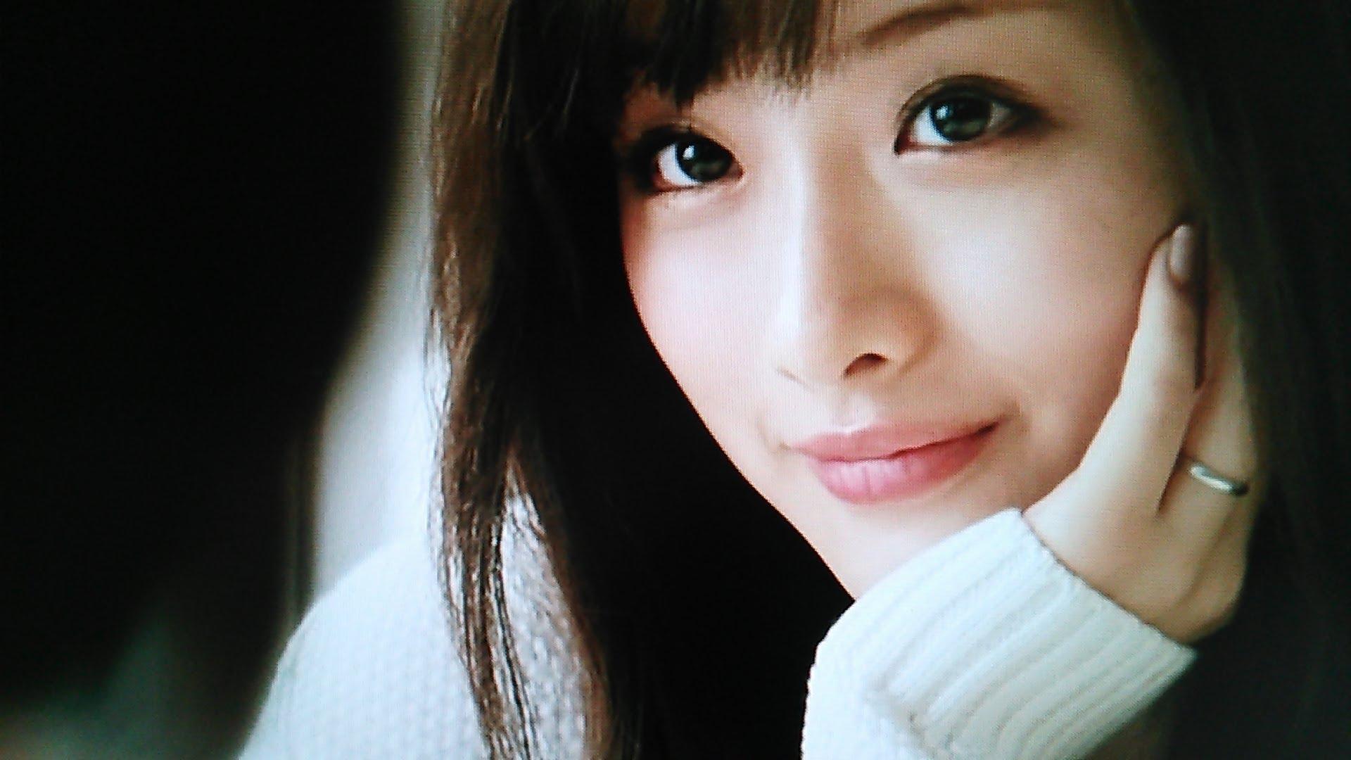 キレイに磨きがかかる人気女優石原さとみ☆昔から可愛すぎた☆のサムネイル画像