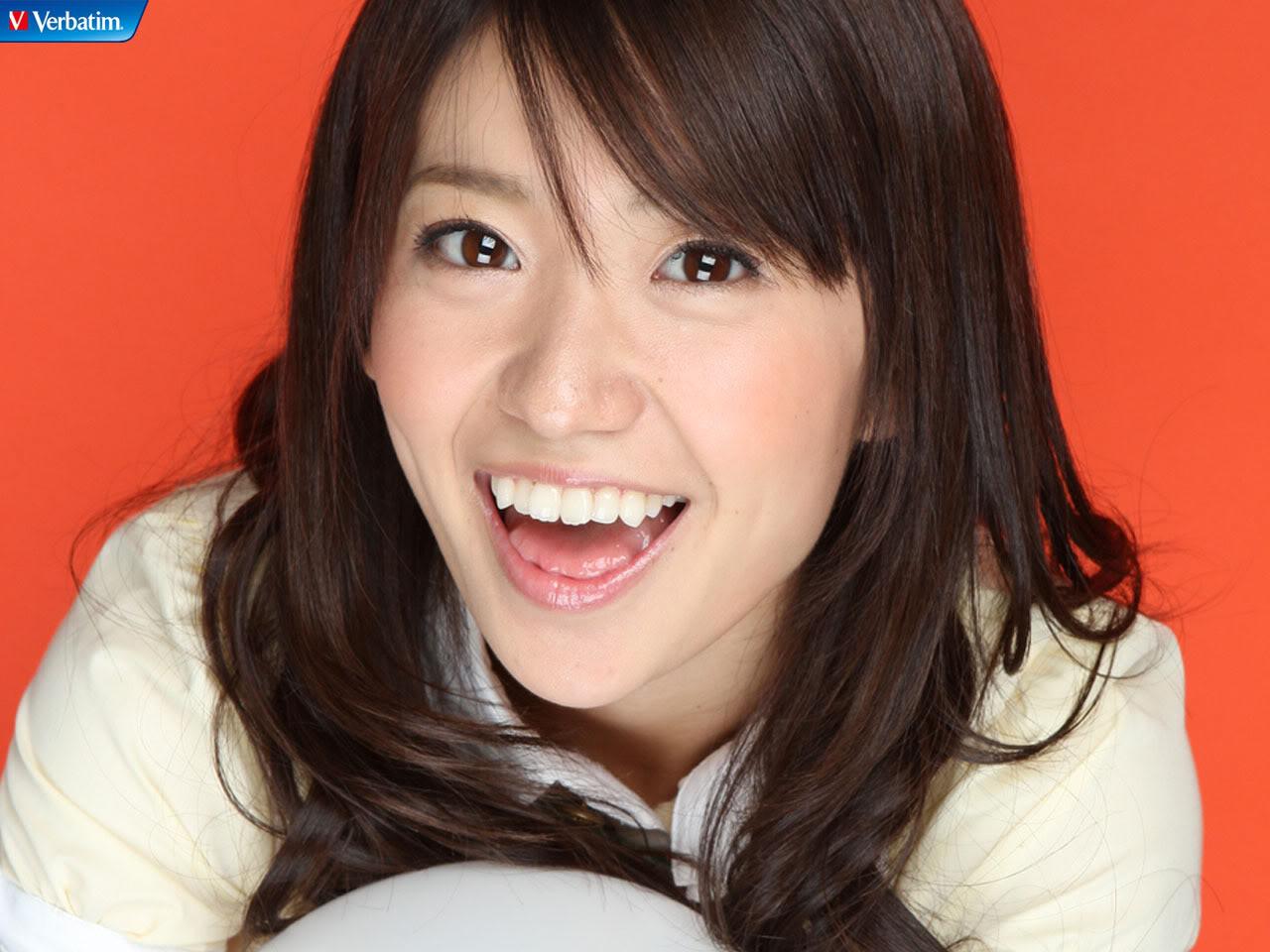 【衝撃!?】大島優子等女性芸能人たちの卒業写真を集めてみた!!のサムネイル画像