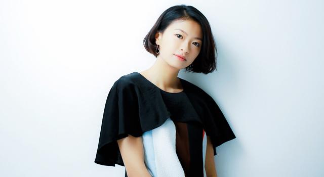 大人の女性の魅力が増し続ける榮倉奈々のショートヘアをお手本にのサムネイル画像