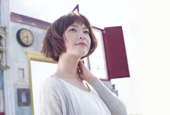ボーイッシュでキュートな『上野樹里』風ショートヘアスタイルのサムネイル画像